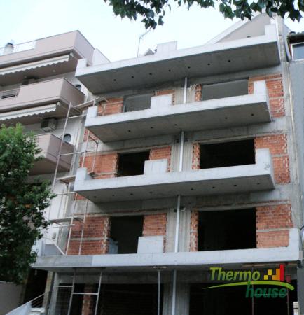 Θερμοπρόσοψη  4όροφης πολυκατοικίας στην Αμφιάλη 4